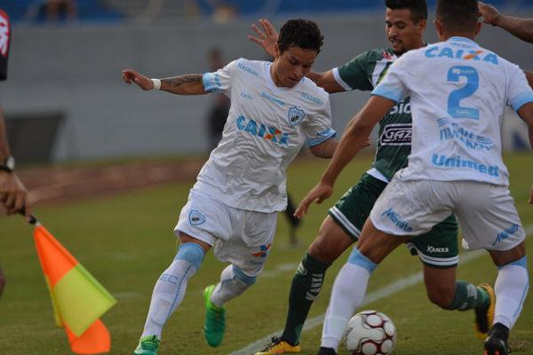 Londrina perde para Luverdense no minuto final