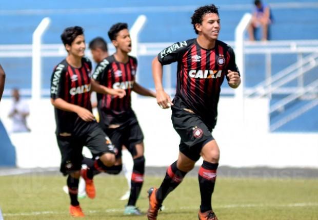 Atlético-PR goleia Criciúma e está nas oitavas da Copa São Paulo